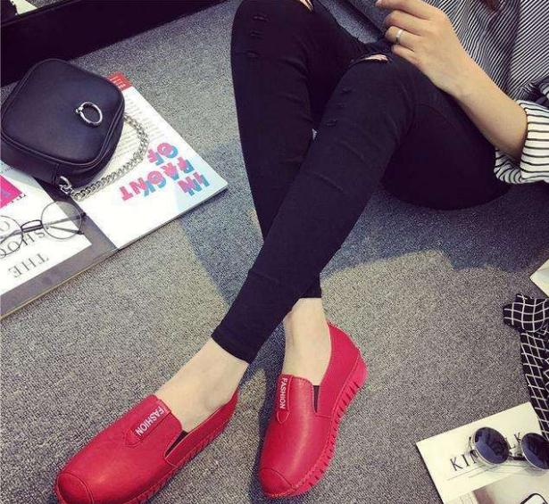 微信代理潮流白搭女鞋王一件代发,厂家直供货源