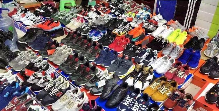 最好的高质量一手运动鞋货源,寻高质量耐克的点进来