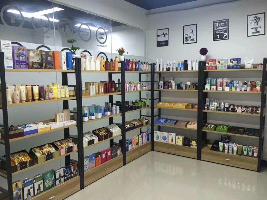 日韓泰,歐美一手化妝品貨源,批發代理,假貨包退,免費代理